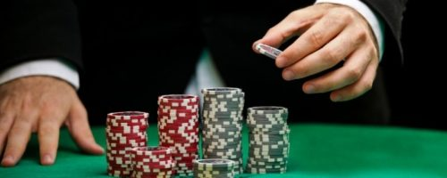 In-depth Blackjack Strategies using the Martingale System